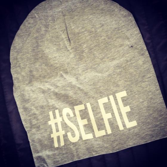 hashtagselfie2