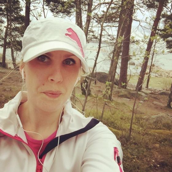 Kävin juoksemassa. Koetan olla tosi cool, mut oikeat tunteet tähän hetkeen liittyen löydät Instagramista, mene kurkkaamaan ja tule seuraamaan!
